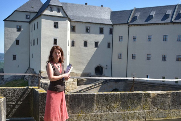 Museumspädagogin Dr. Maria Pretzschner auf der Festung Königstein, Foto: Festung Königstein gGmbH