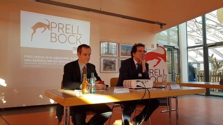 Michael Hummel - Referatsleiter Recht Verbraucherzentrale Sachsen e.V., Andreas Eichhorst - Vorstand Verbraucherzentrale Sachsen e.V.