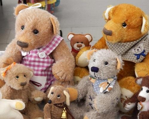 Teddybären lassen Sammlerherzen höher schlagen