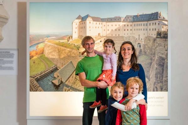 Familie auf der Festung Königstein, Foto: Matthias Hultsch