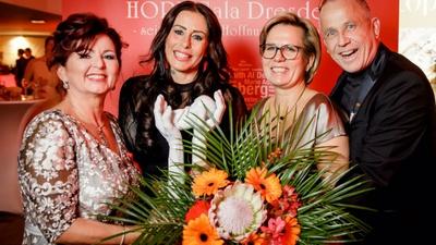 Viola Klein, Anja Ringgren-Loven, Barbara Klepsch und Stefan Hippler (v.l.n.r.) / Foto Michael Schmidt