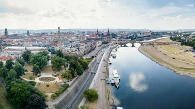 Panorama aus der Skyliner-Perspektive am Terrassenufer © Dresdner Stadtfest GmbH, Michael Schmidt