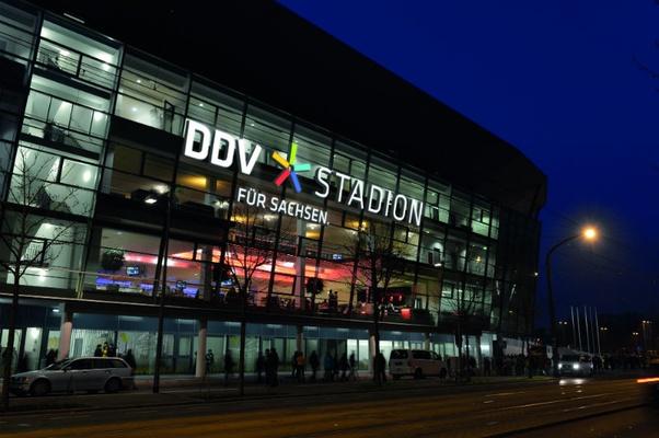 Foto Stadion: © Dehli-News.de, Frank Dehlis / Montage: DDV