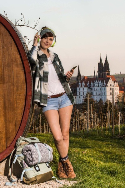 An der Weinsicht Proschwitz tauchen Wanderer im Audioguide in die Geschichte der Proschwitzer Weinberge ein. Foto: Thomas Türpe