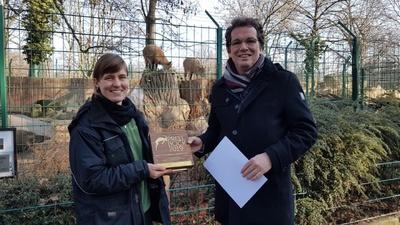 Josefine Bruse - Revierleiterin Huftiere im Zoo Dresden, Andreas Eichhorst - Vorstand Verbraucherzentrale Sachsen e.V.