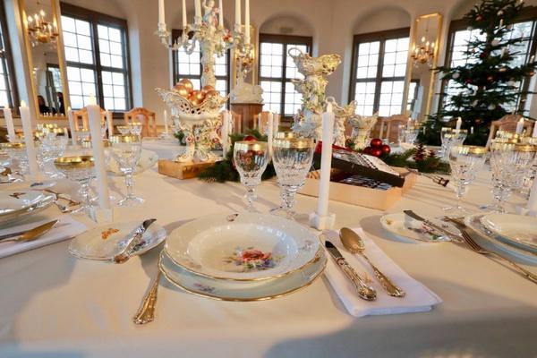 Festlich gedeckter Tisch in der Friedrichsburg. Foto: Marko Förster