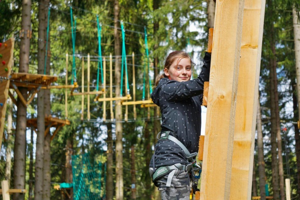 Neueröffneter Kletterpark im KiEZ Waldpark Grünheide / Foto: KiEZ Waldpark Grünheide