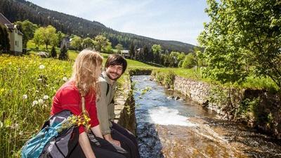Unterwegs auf dem Kammweg Erzgebirge-Vogtland. Foto: TV Erzgebirge/René Gaens