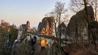 Basteibrücke - das Wahrzeichen der Sächsischen Schweiz / Foto: Achim Meurer