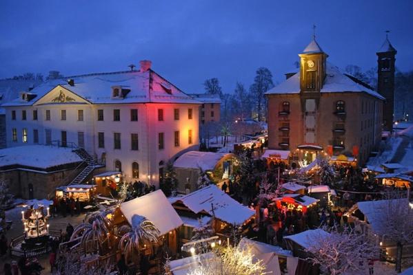 Weihnachtsmarkt auf der Festung  Königstein. Foto: Festung Königstein gGmbH/Neuland Zeitreisen