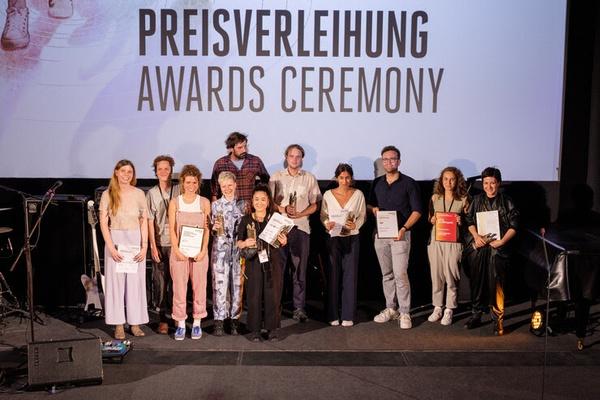 Preisträger:innen beim 33. Filmfest Dresden (Foto: Michael Kaltenecker/ FILMFEST DRESDEN)