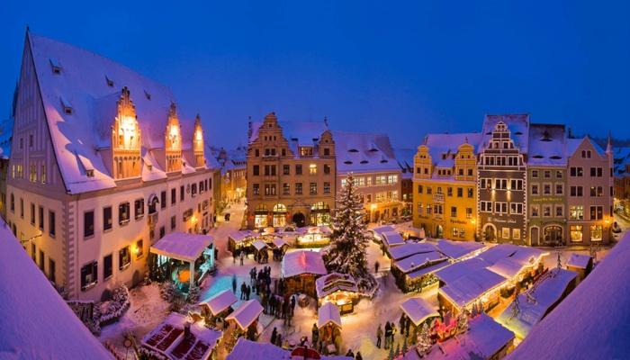 Meissen-Weihnachtsmarkt auf dem Marktplatz-Tourismusverband Saechsisches Elbland e.V. - Foto Sylvio Dittrich